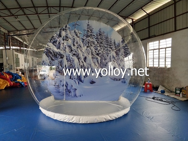 Outdoor snow globe christmas decoration