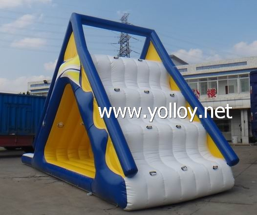 Inflatable freefall extreme water slide glider game