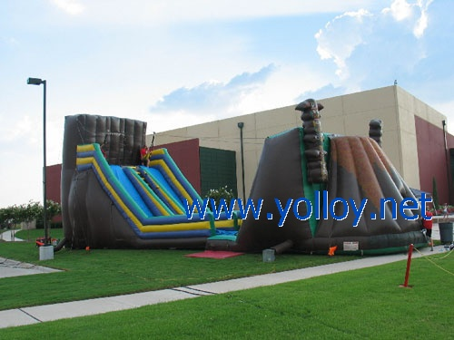 Dimension: 63'L x 21'W x 25'H