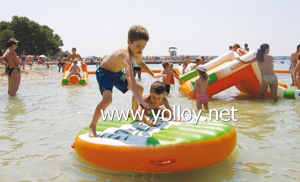 outdoor inflatable water sports amusement park
