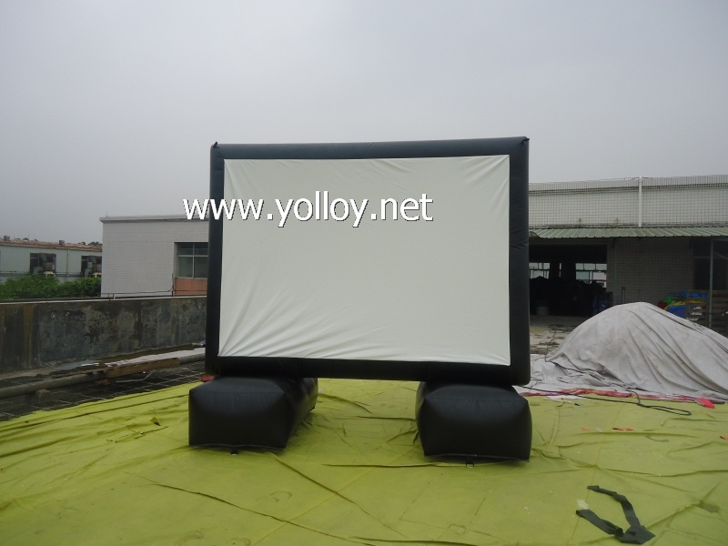 Inflatable Movie Screen for Outdoor Projection