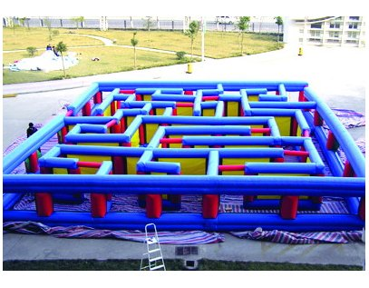Inflatable labyrinth game IS-123
