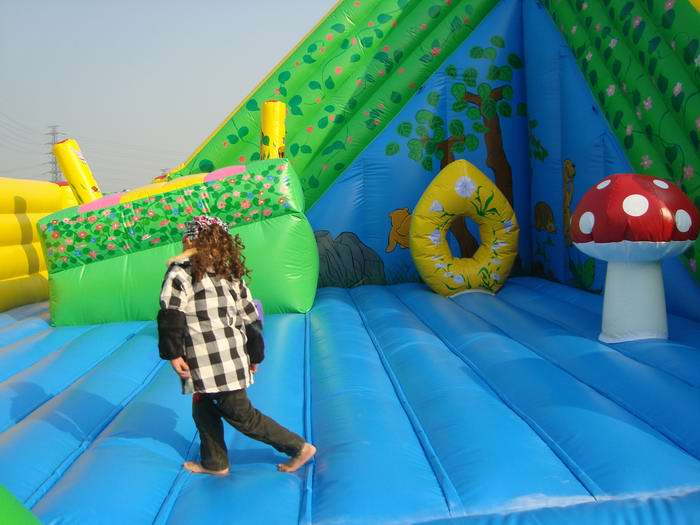 jungle slide inflatable