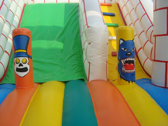 fantastic inflatable slide