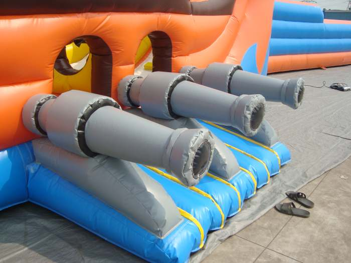 pirate party inflatable- details
