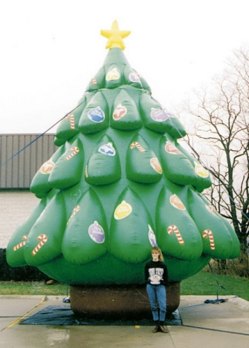 Large Blow up Xmas tree