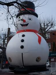 Frosty snowmen inflatable