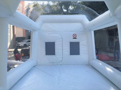 Mobilny namiot nadmuchiwany