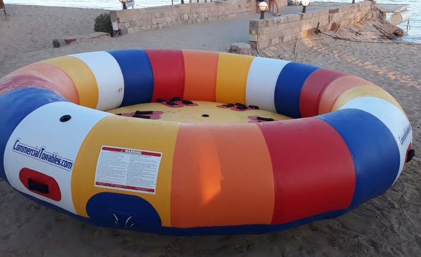 inflatable rotating towable